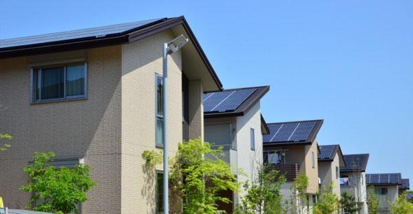 沖縄で新居に太陽光発電を導入☆効率の良い屋根とは?